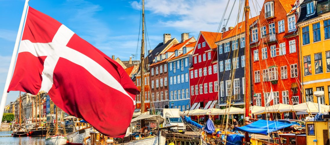 Copenhagen,Iconic,View.,Famous,Old,Nyhavn,Port,In,The,Center
